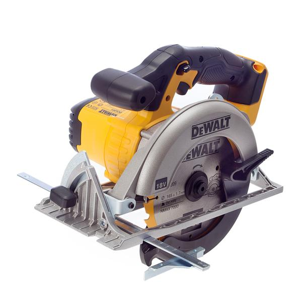DCS391N 18V XR CIRCULAR SAW